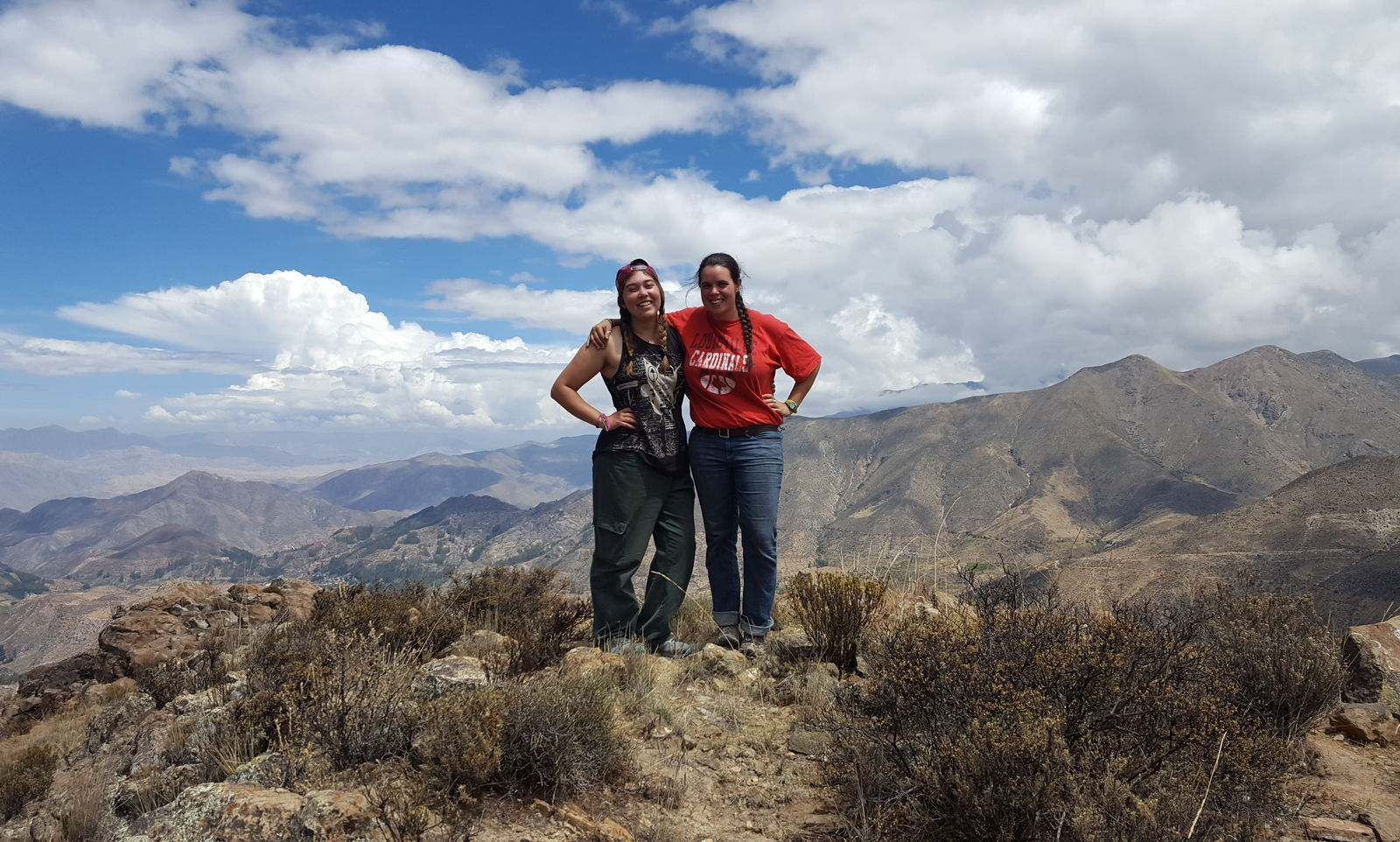 Jesuit Volunteer Camila Biaggi (2017-2019) and Faith during their Mes de Mision in the Mountains of Peru while serving with Instituto Educacional Miguel Pro.